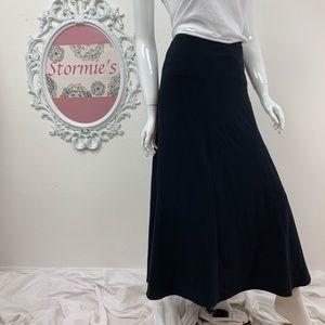 La Vita / Black Maxi Skirt